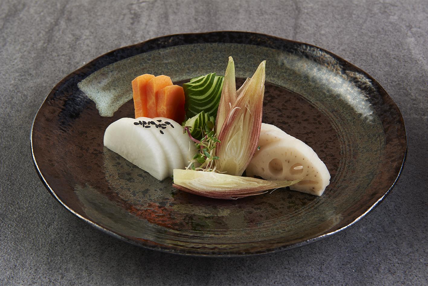 01_appetizers_a02-yasai-zuke-moriwase